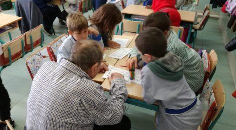 Els avis i àvies de l'Hospital de Dia a l'escola